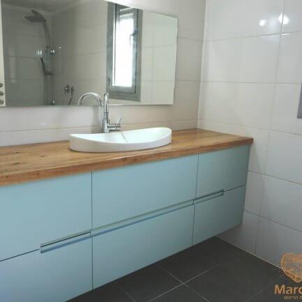 ארון אמבטיה צף - מרסלו נגרות