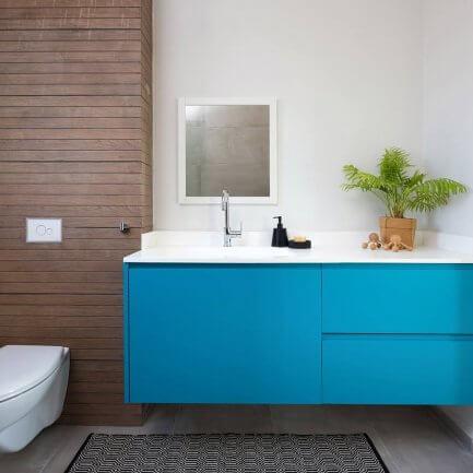 ארונות אמבטיה מעץ בהתאמה אישית