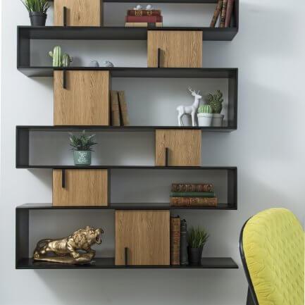 ספרית עץ מעוצבת בהתאמה אישית