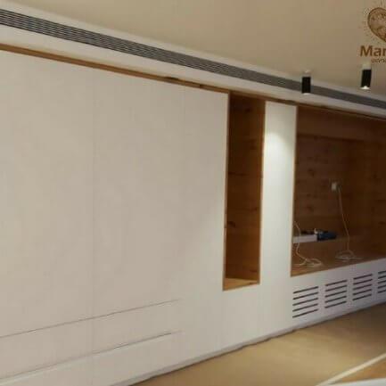 חיפוי קיר מעץ לסלון