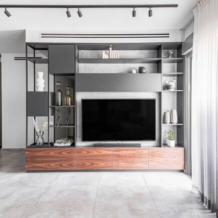 יחידת קיר מעץ לסלון